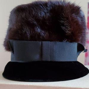 1950's mink & velvet high tea hat w/ ribbon
